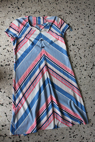 vintage candy striped dress $8