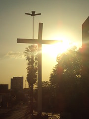 Cruz ao entardecer (José Afonso Jr.) Tags: igreja são benedito