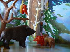Playmobil - Wildfütterung im Winterwald (dierk schaefer) Tags: winter germany deutschland wald allemagne playmobil wildschwein frischling wildfütterung meisenring dierkschaefer