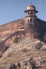 Jaigarh Mountain Fort (peterkelly) Tags: digital canon 6d india asia jaipur amber amer amberfort amerfort jaigarhfort mountain ridge blue sky rocky wall column pillar arch archway