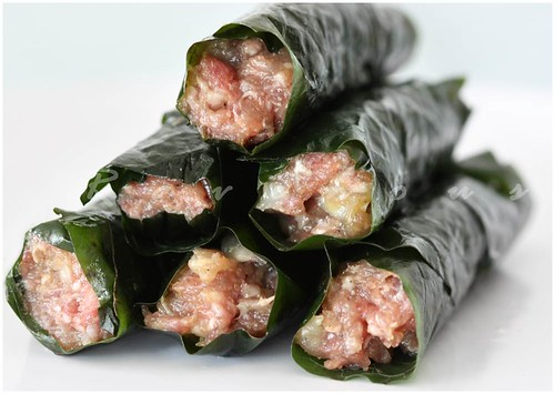 bo la lot, betel leaf wrapped beef