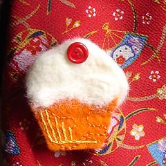Vanilla and Orange Cupcake Brooch / Pin