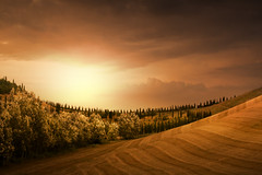 Tuscany Landscape (Italy) (ilina s) Tags: trees light sunset italy sun clouds day tuscany fields curved