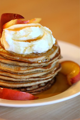 Vegan pancakes with toppings 1