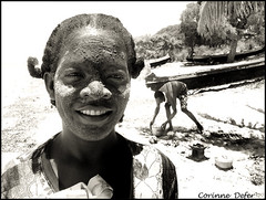 "Woman Vzo - Femme Vzo - ""portrait malgache 17"" (Corinne DEFER - DoubleCo) Tags: travel portrait people blackandwhite bw woman sun white black blancoynegro beach beauty smile corinne soleil blackwhite noiretblanc retrato femme nb masks beaut sourire madagascar masque peuple pcheurs malagasy defer  ifaty madagaskar pcheur madagasikara  ilerouge grandele malagasyrepublic abigfave hautsplateaux madagaskara  platinumheartaward   democraticrepublicofmadagascar madagaskaro madagaskaras      corinnedefer updatecollection peuplevzo vzo suddemadagascar femmevzo womanvzo"