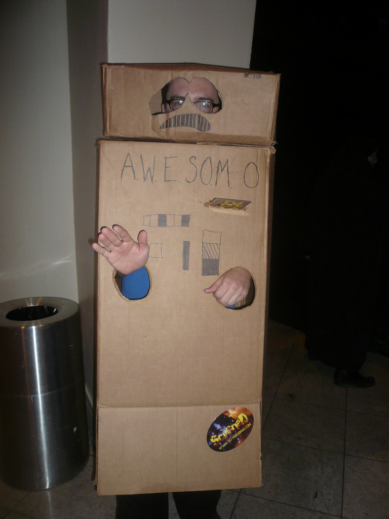 AWESOM-O cheap boxes costume