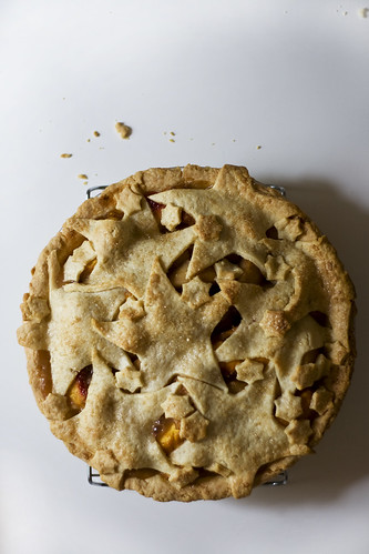 cinnamon peach pear pie