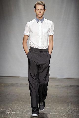 Martin Gruca3009_SS10_NY_Richard Chai(Men Style)