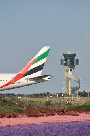 Air traffic control to Emirates