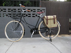 Deluxe Flying Pigeon w. Coaster Brake (ubrayj02) Tags: old dutch bike bicycle vintage bicycling la flying losangeles pigeon bikes creme bicycles cycle biking basil chic comfort cruiser schwalbe pannier fashioned kavan flyingpigeon delata velocouture flyingpigeonla flyingpigeonlacom hs392 flyingpigeonlosangeles