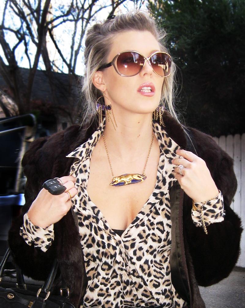 leopard-print-fur-coat-lovestory-jeans-8