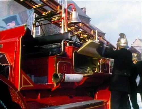 achildschristmas_firebrigade_opening