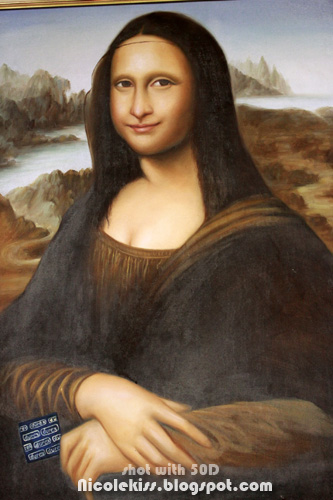 mona lisa with condom