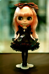 """Blythe 8th Anniversary Charity Exhibition """"Fashion Obsession"""""""