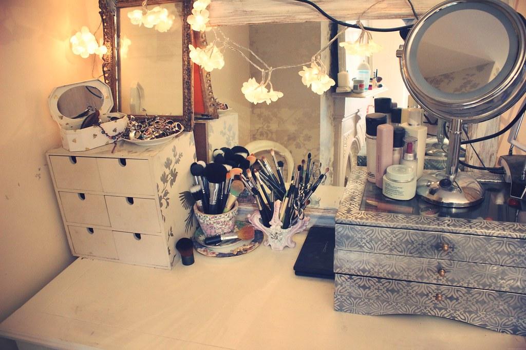 Zoella beauty fashion amp lifestyle blog my dressing table