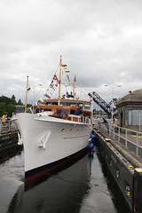 Olympus @ lake level (lg evans) Tags: classic canon boat evans nw yacht lg sound magnolia locks ballard day3 underway briarcliff 100400 18135 cya2011bellstreetrendezvous bluffpuget