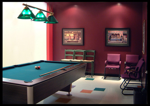 Marimba Pool Room