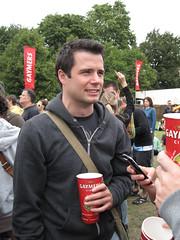 Lovebox Weekender (russelljsmith) Tags: uk friends red england music london festival fun concert victoriapark europe phone gig drinking drinks drunks relaxed 2009 lovebox loveboxweekender 77285mm loveboxweekender2009 lovebox2009 lastfm:event=861454
