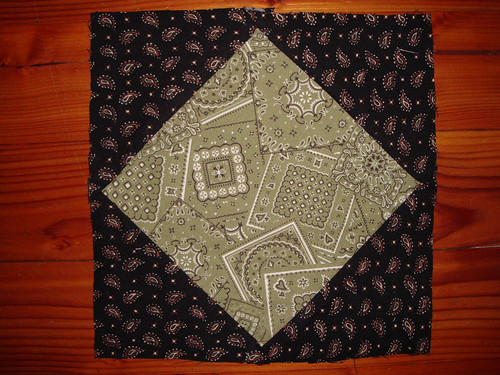 Quilt Block, green and black