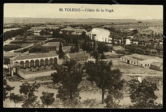 Cristo de la Vega (Antigua Basílica de Santa Leocadia) a principios de siglo.Foto Grafos (revelada al revés)