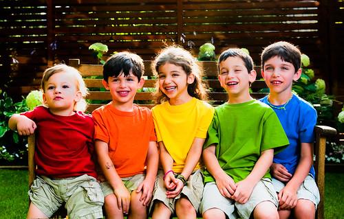 フリー画像| 人物写真| 子供ポートレイト| 外国の子供| 集団/グループ|       フリー素材|