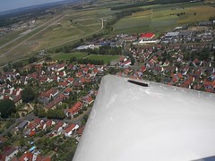 Glider Lessons Wing shot (Soldiersoundman) Tags: industry film cat flight safety professional airspace uncontrolled
