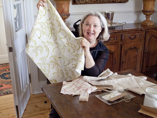 Tonia Todman likes her I&S fabric!