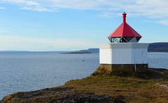Lighthouse, Vads Island (GeirB,) Tags: autumn norway norge nikon nikkor finnmark hst vads varanger 2470mm28 fyrlykt vadsoe vadsislandlighthouse