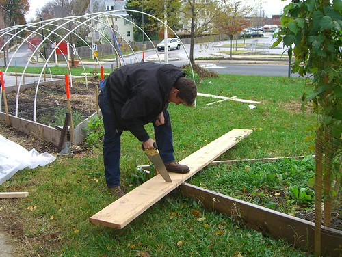 09 11 14-15 Tinges Common hoop house construction 01.jpg