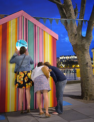 Stripey hut (yousef_anani) Tags: southbank beachhuts timhunkin