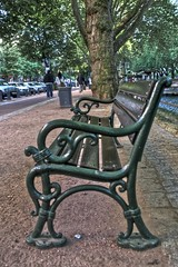 Bench in Konigsallee (Luigi R. Viggiano) Tags: park city germany bench dusseldorf innenstadt urbanfragments tonemapped konigsallee dusseldorf