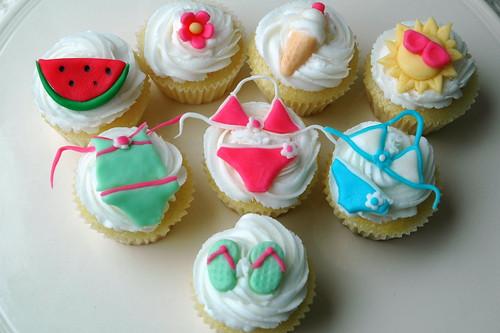 Summer Fun Mini Cupcakes