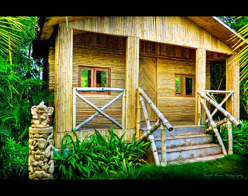 Philippine Native House Design Bamboo http://www.bukisa.com/articles/138741_peculiar-and-useful-things-made-of-bamboo
