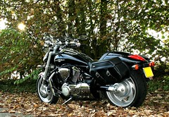 Suzuki 1800 Intruder (CWhatPhotos) Tags: pictures black bike that japanese photo big boulevard tour with photos picture have adobe moto 1800 suzuki custom cruiser jap 2007 intruder lightroom tourer japenese m109r vzr paintshopprophotox2 cwhatphotos