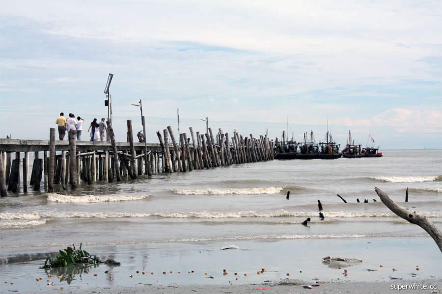 Tanjung Sepat - Lover's Bridge