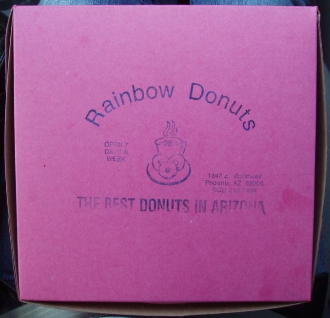 P2140328_RainbowDonuts1