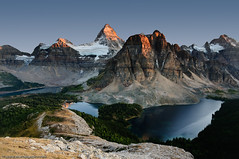 Mt. Assiniboine Bids Farewell to Another Day (Marc Shandro) Tags: sunset lake canada nature rockies glow bluesky glacier alpine backpacking northamerica rockymountains wilderness alpenglow lowsun freshwater environments mtassiniboine mountassiniboine photoshelter mtmagog ceruleanlake skyandatmosphere sunburstlake