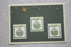 Kerstballen (Leny van Jaarsveld) Tags: ster borduren lichtgroen vallende donkergroen
