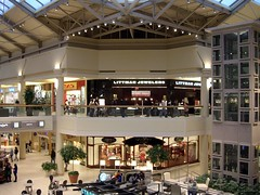 Freehold Raceway (NJ) Mall (by: LancerE, creative commons license)