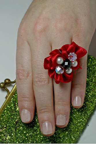 Red ribbon ring