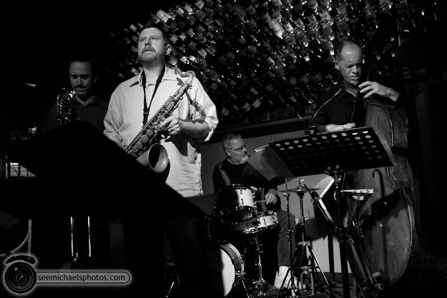 Jason Robinson at Dizzys 60211 © Michael Klayman-003