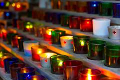 Lampion au sanctuaire (photix1) Tags: lampion lumière sacré religieux