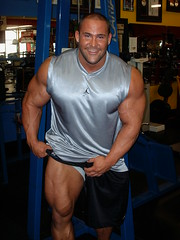 Treyscbarbell_044 (bbwannab) Tags: man male big muscle muscular beefy huge bodybuilder gym
