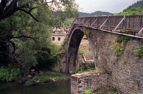 Vovousa stone bridge
