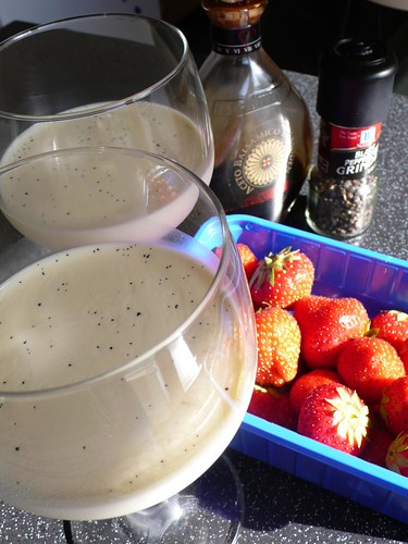 Vanilla Bean Panna Cotta and Strawberries