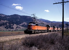 Near Alberton, Montana (R R Horne) Tags: orange montana railroads alberton fav10 milwaukeeroad