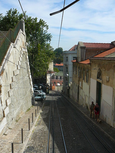 La Calçada da Glória, vista desde dentro del Elevador.