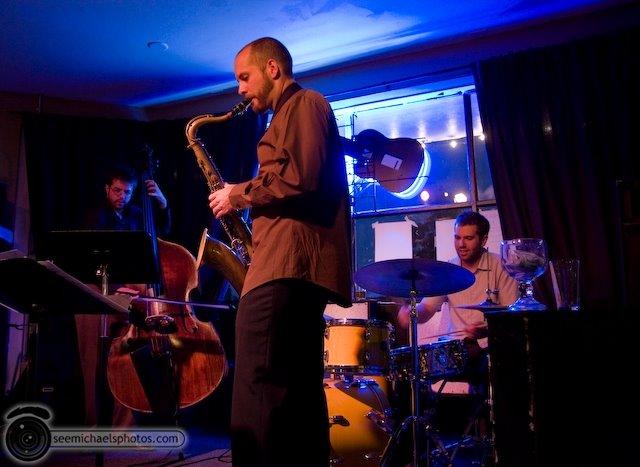 Ian Tordella Group at South Park Bar and Grill 81609 © Michael Klayman-011
