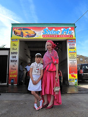 mother & daughter (amjamjazz) Tags: street family london social newcross lsp12