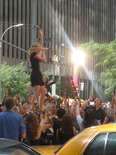 Taylor Swift at 2009 MTV VMA's